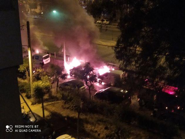 Μολότοφ κατά αστυνομικών στη Θεσσαλονίκη - Εμπρησμοί ΑΤΜ και αυτοκινήτων στην