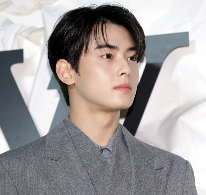 Cha Eun-Woo of ASTRO attends the photocall for 'Louis Vuitton Maison Seoul' opening party on October 30, 2019 in Seoul.