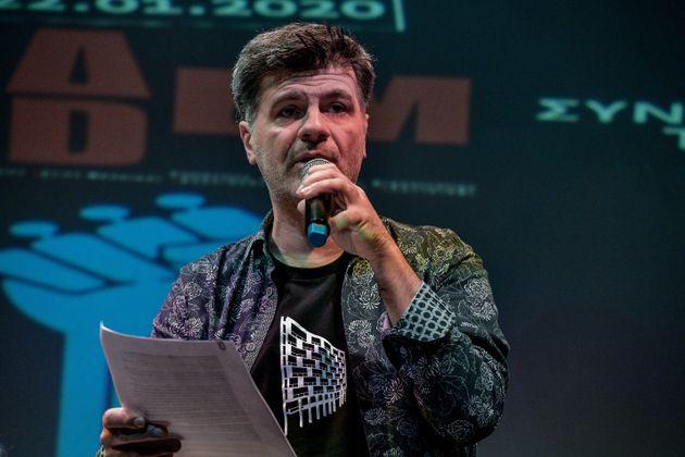Φοίβος Δεληβοριάς: Αποσύρεται μαζί με τη μουσική του από την «Λυσιστράτη» του Εθνικού