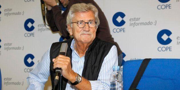 Pepe Domingo Castaño en los micrófonos de la