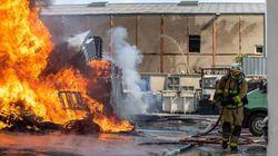 Au Blanc-Mesnil, un incendie dévaste un entrepôt mitoyen d'une usine de masques