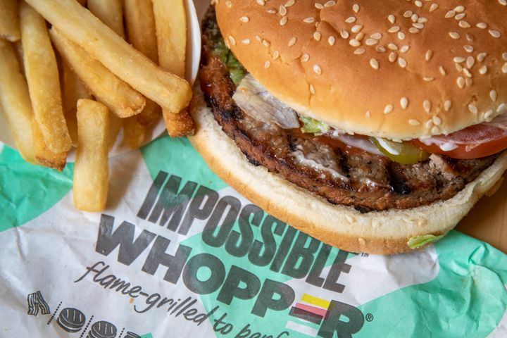 "Burger King's Impossible Whopper contains <a href=""https://www.fatsecret.com/calories-nutrition/burger-king/impossible-whopper"" target=""_blank"" rel=""noopener noreferrer"">25 grams of protein</a>."