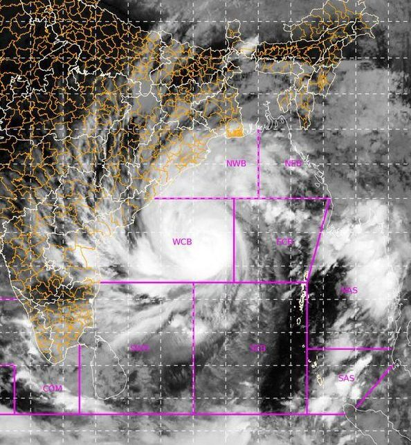 Super Cyclone Amphan at 23:30 hrs IST on May 18,