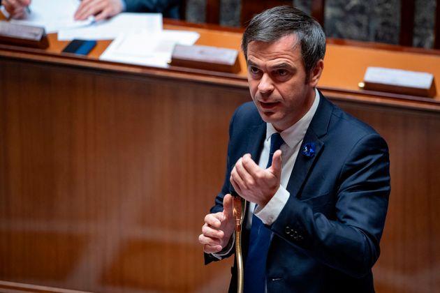 Lors des questions au gouvernement de ce 19 mai, Olivier Véran a annoncé que tous les soignants...