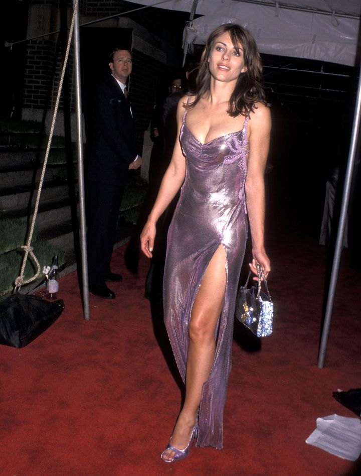 Elizabeth Hurley attends the 18th Annual CFDA Awards on June 2, 1999, at the 69th Regiment Armory in New York City.