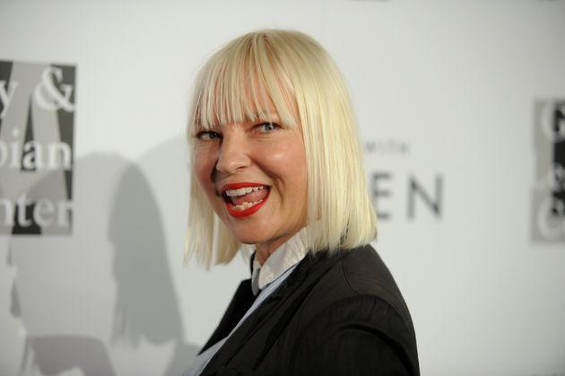 Η Sia είναι μητέρα δυο γιων.