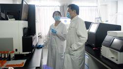 Un labo chinois pense pouvoir stopper la pandémie «sans