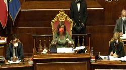 Casellati rimprovera i senatori:
