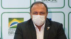 Bolsonaro diz que general vai ficar 'um bom tempo' à frente do Ministério da