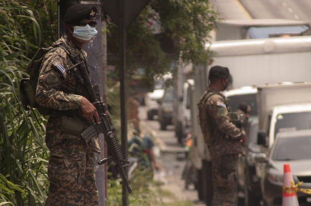 «Σφράγισε» το Σαλβαδόρ πριν καν εκδηλωθεί κρούσμα: Σωτήρας ή