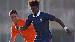Le PSG rend hommage au jeune joueur Jordan Diakiese, mort à 24