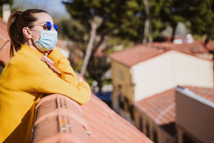 Think twice before hanging up your face mask on a clothesline or leaving it out to soak the rays: natural UV light is unlikely to sanitize a face mask.