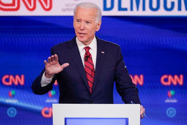 Un Noir «n'est pas noir» s'il pense voter Donald Trump, selon Joe