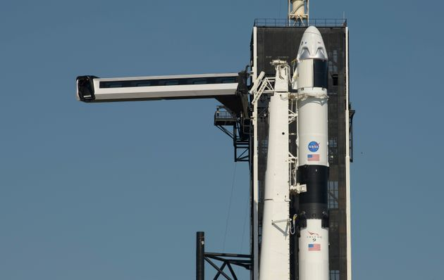 NASA: «Πράσινο φως» για την πρώτη επανδρωμένη διαστημική αποστολή από αμερικανικό έδαφος από το