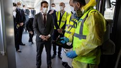 Το Παρίσι απειλεί με αντίμετρα την Βρετανία, που θα βάζει σε καραντίνα τους ταξιδιώτες από την