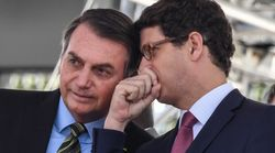 Ricardo Salles defende aproveitar foco da imprensa na covid-19 para relaxar regra