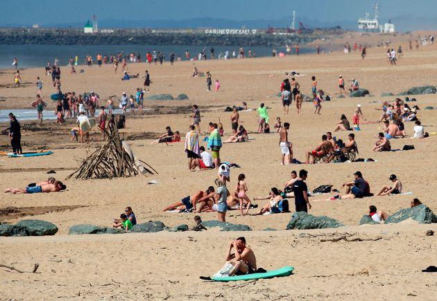Παραλίες: Ο νέος μεγάλος πονοκέφαλος που προβληματίζει την