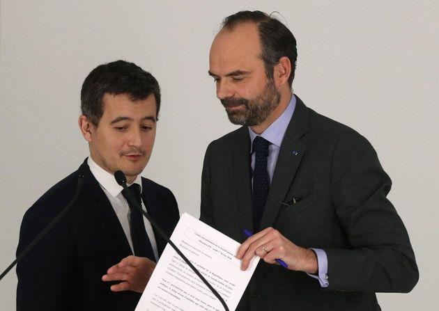 Édouard Philippe et Gérald Darmanin ont tous deux assuré que les impôts n'augmenteraient...