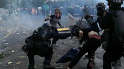 Vuelven las multitudinarias protestas y los enfrentamientos en Hong Kong en respuesta a la ley de