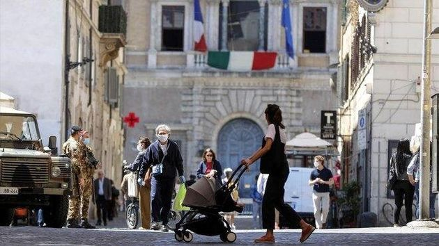 Imagen de la plaza Campo de Fiori de Roma este