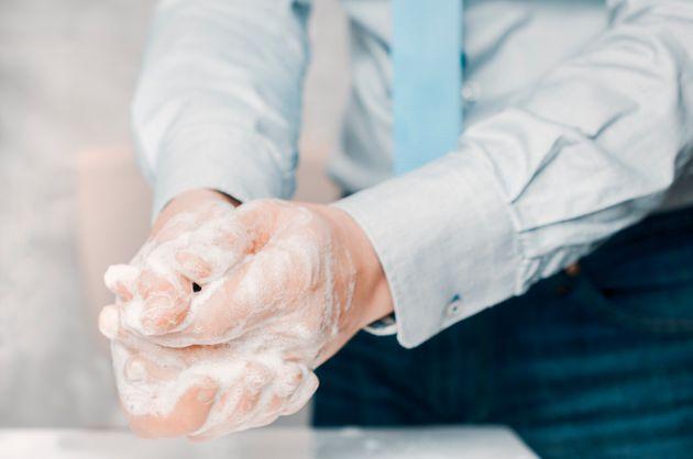 Durante il lockdown ci siamo lavati le mani in media 12 volte al giorno