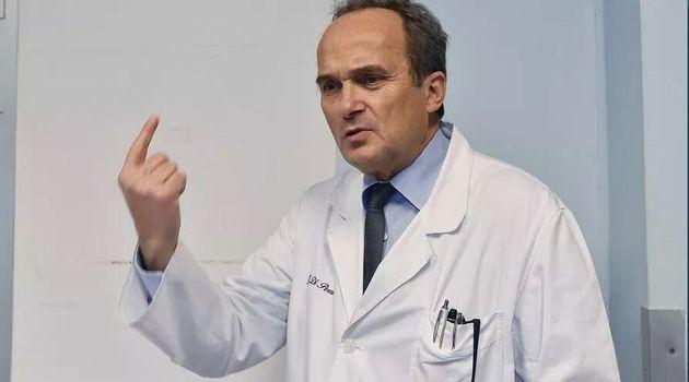 """Il virologo Di Perri: """"Ragazzi, non portate il virus dai gen"""