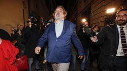 Matteo Salvini nelle mani del