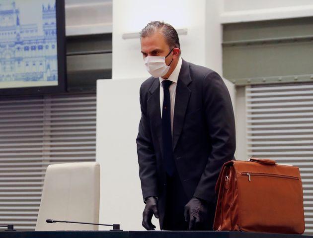Javier Ortega Smith, en un pleno extraordinario en el Ayuntamiento de Madrid el 16 de abril de