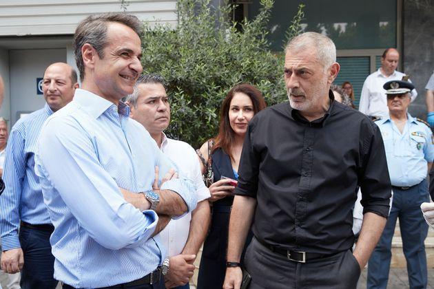 Ο Πρωθυπουργός Κυριάκος Μητσοτάκης σε εμπορικούς δρόμους του