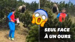L'incroyable sang-froid d'un enfant suivi par un ours en