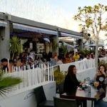 La Marina de Valencia revoca los permisos de terrazas tras el escándalo de un vídeo