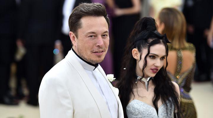 Les jeunes parents étaient apparus pour la première fois ensemble en publique sur le tapis rouge du gala du Met en 2018.