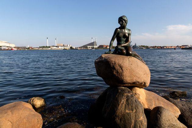 La escultura de La Sirenita, en Copenague,