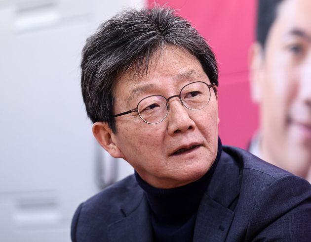 송한섭 미래통합당(서울 양천구갑) 후보의 선거사무소를 찾은 유승민 의원.