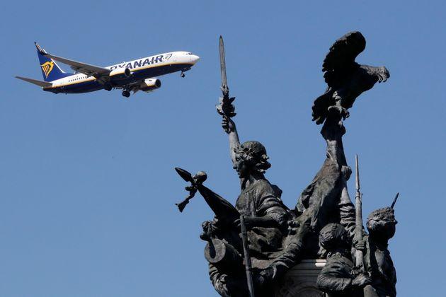 Η Ryanair θα προσφύγει εναντίον του πακέτου διάσωσης της