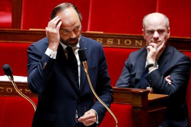 Interrogé à l'Assemblée, Philippe incapable de justifier le cumul de