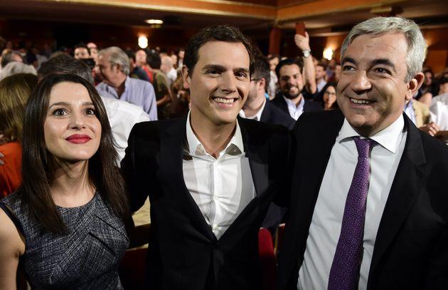 Inés Arrimadas, Albert Rivera y Luis Garicano en un acto de