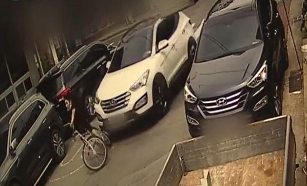 경북 동촌동 스쿨존에서 SUV차량이 9살 어린이가 타고 있던 자전거를 추돌한 사고