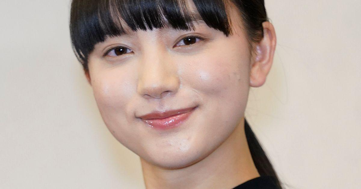 清原果耶さんが、2021年度前期の朝ドラヒロインに決定。安達奈緒子さん脚本の現代劇で「気象予報士」に