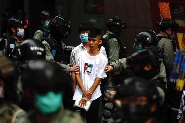 Άγρια καταστολή στο Χονγκ Κονγκ - Επιμένουν οι διαδηλωτές κατά του αντι-δημοκρατικού νόμο του