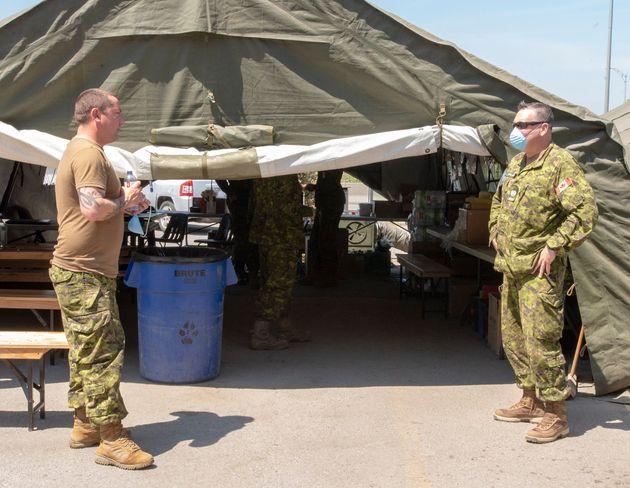 Des militaires prêtent main-forte dans le CHSLD Vigi Mont Royal depuis le 1er