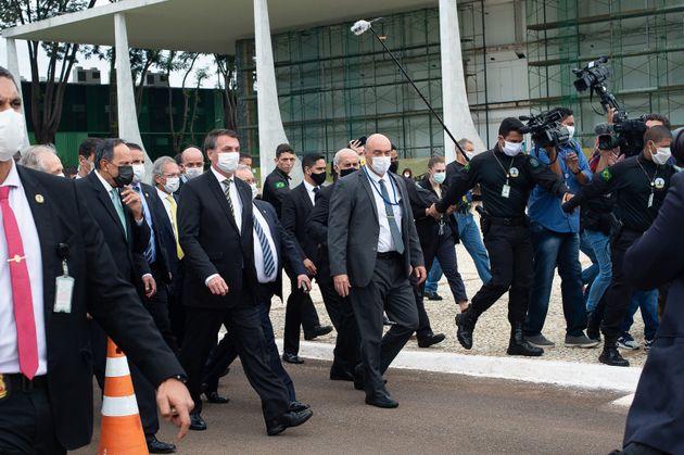 Presidente prepara ofensiva ao STF após operação que mirou