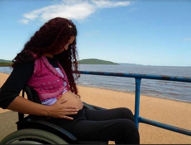 Carol Santos, grávida do 1ºfilho, em