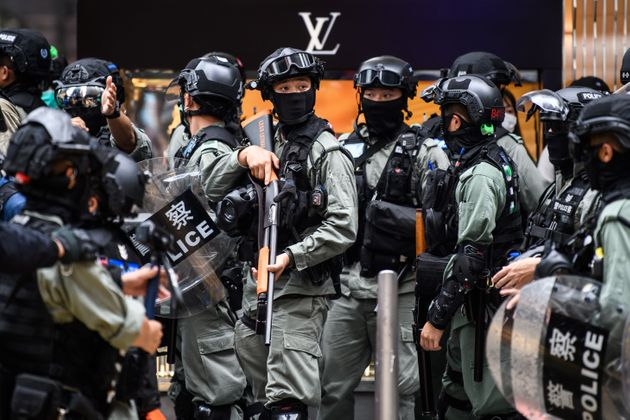 Le parlement chinois adopte une mesure de sécurité controversée à Hong Kong qui a immédiatment déclenché...