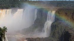Las cataratas de Iguazú vuelven a fluir tras meses de