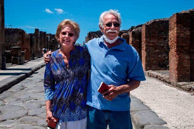 Bloccati in Italia per lockdown in quarantena, due turisti Usa visitano per primi