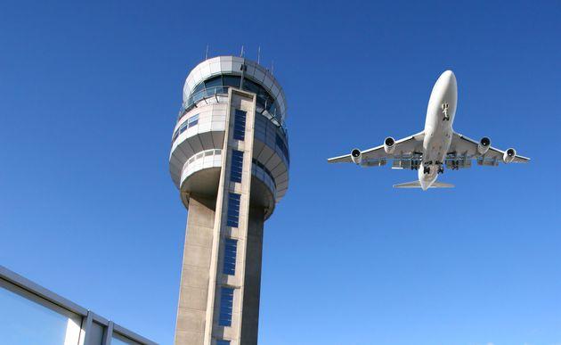 L'Assemblée vote une motion pour ordonner aux compagnies aériennes de