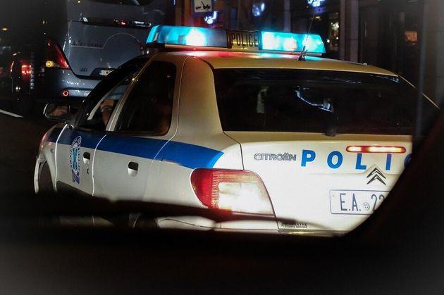 Πυροβολισμοί κατά αστυνομικών στη