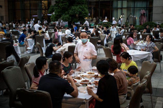 Εστιατόριο ξενοδοχείου στη Γουχάν της Κίνας.