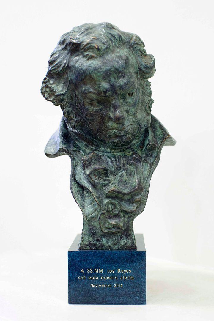 El premio Goya de Felipe y Letizia.